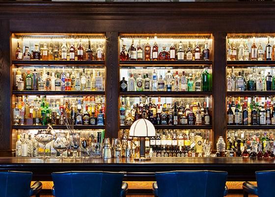 MW-Scarfes-Bar