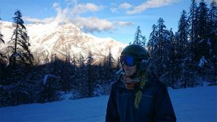 Tamlyn in the snow - Puy St Vincent - Snowbizz #TLDSkiTrip