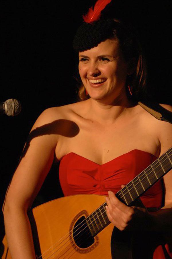 Anita Coats | Singer Songwriter