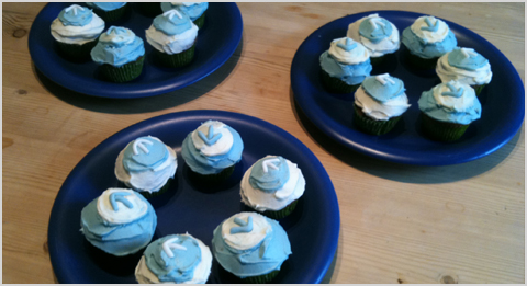 Top Left Design branded cupcakes - Blogging for Business - amazing blogging seminar to teach you all you need to know about blogging